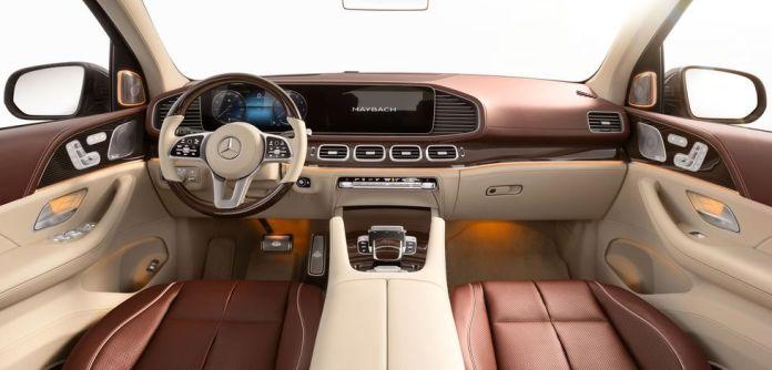 Côté moteur ce monstre GLS 600 4MATIC adopte un V8 biturbo de 4,0 litres qui développe 558 chevaux et 730 Nm de couple maxi