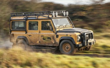 Land Rover Defender Works V8 Trophy En souvenir du Camel Trophy