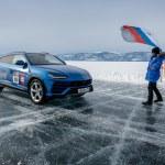 Lamborghini L'Urus bat un record de vitesse Supercar on ice ! La Lamborghini Urus vient d'établir un record de vitesse sur la glace du lac Baïkal