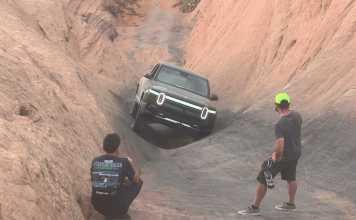 Rivian le Pick up à Moab L'électrique face à « Hell's Gate »