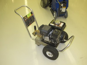 rental 21-1000 2700 PSI gas pressure washer