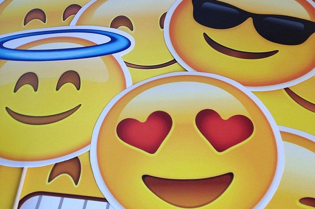 sydney hospital using emoji boards to help children express their