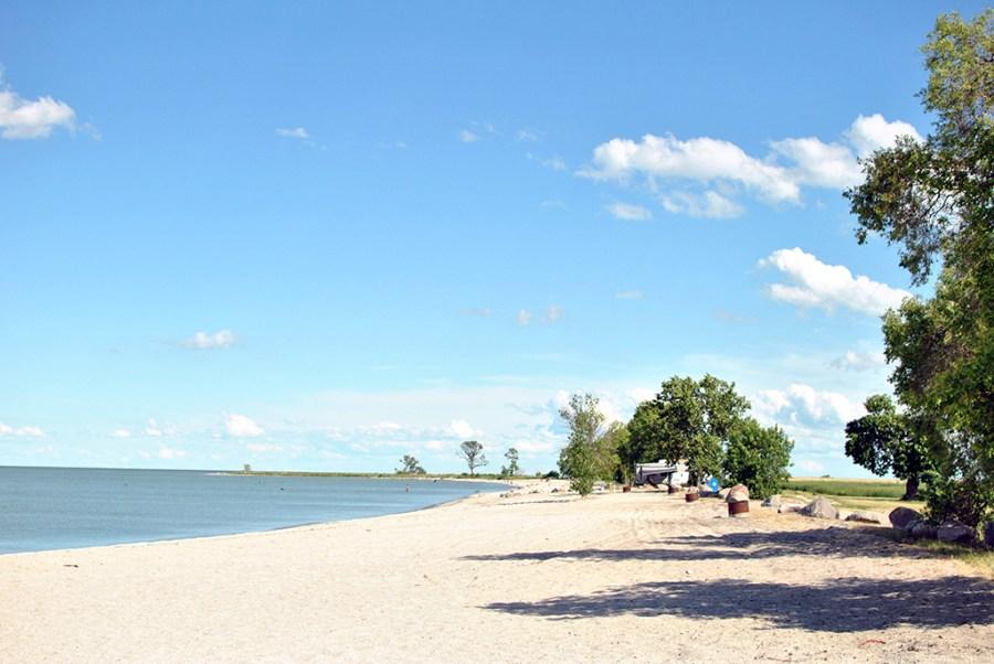 Generic-Van-Life-Camping-Spot-Hollywood-Beach-Manitoba-Beach