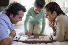 family scrabble game