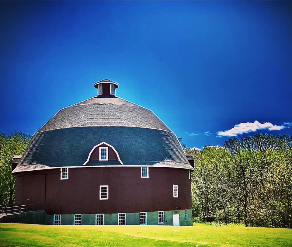 Ryan's Round Barn. Western Illinois. 8 May 20.