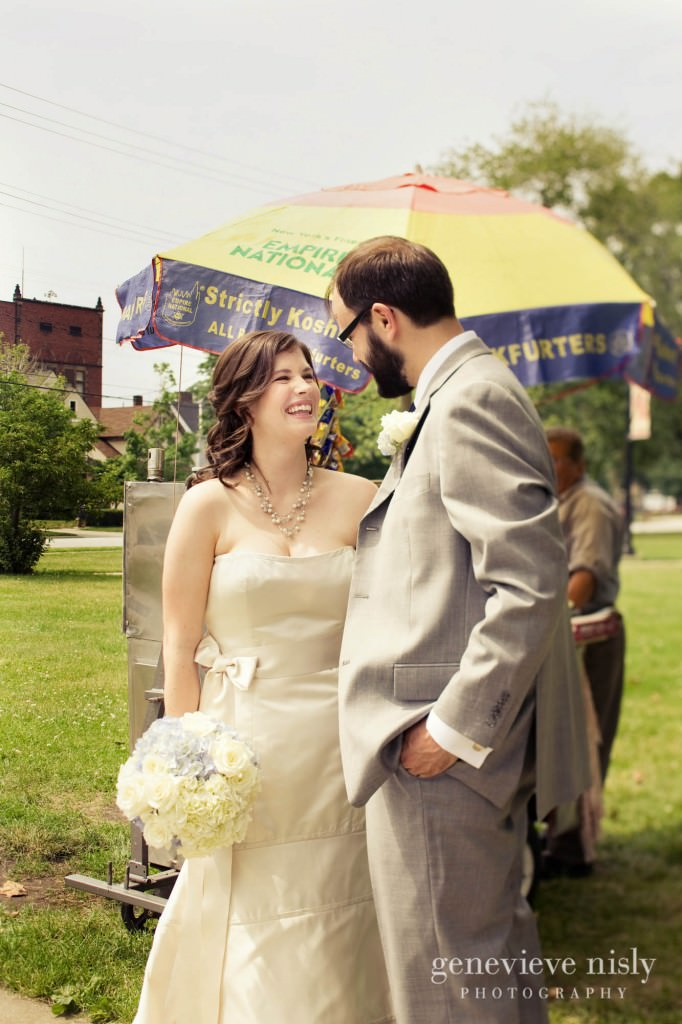 erin-dave-006-windows-on-the-river-cleveland-wedding-photographer-genevieve-nisly-photography