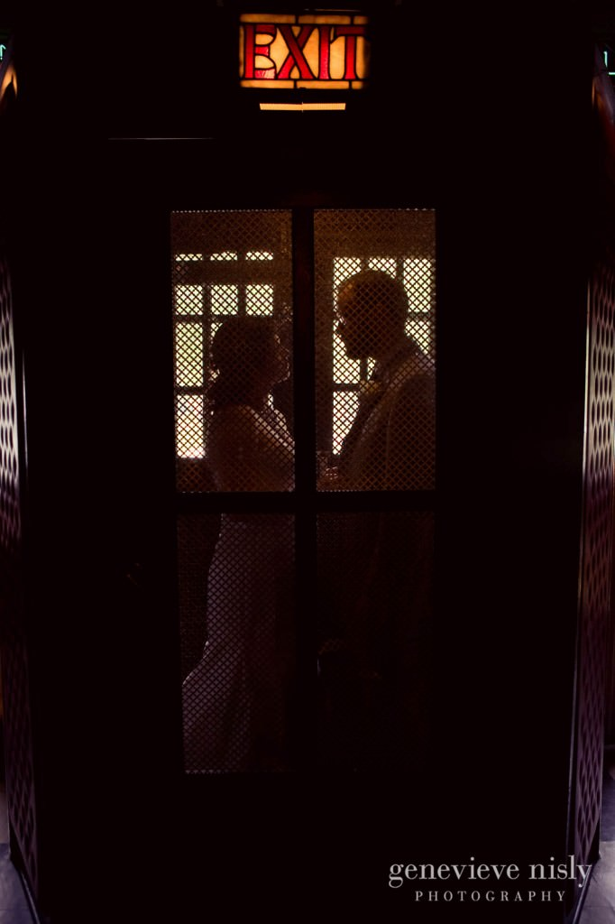 erin-dave-008-windows-on-the-river-cleveland-wedding-photographer-genevieve-nisly-photography