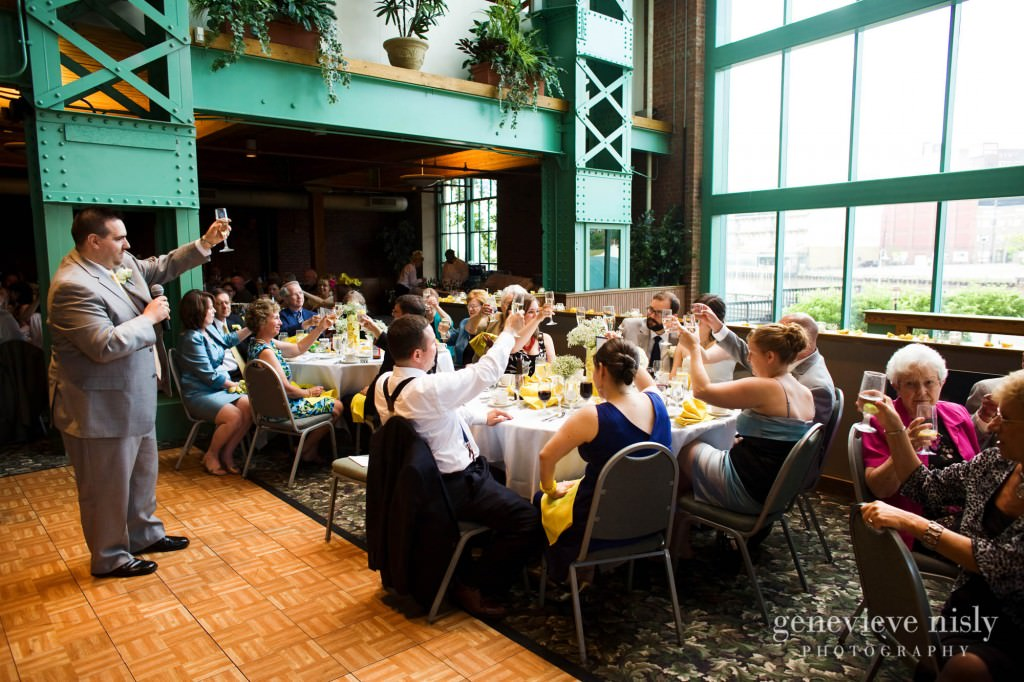 erin-dave-034-windows-on-the-river-cleveland-wedding-photographer-genevieve-nisly-photography