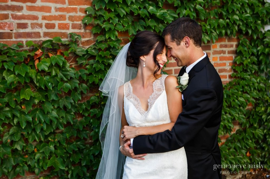 Aurora, Chagrin Falls, Copyright Genevieve Nisly Photography, Ohio, Wedding
