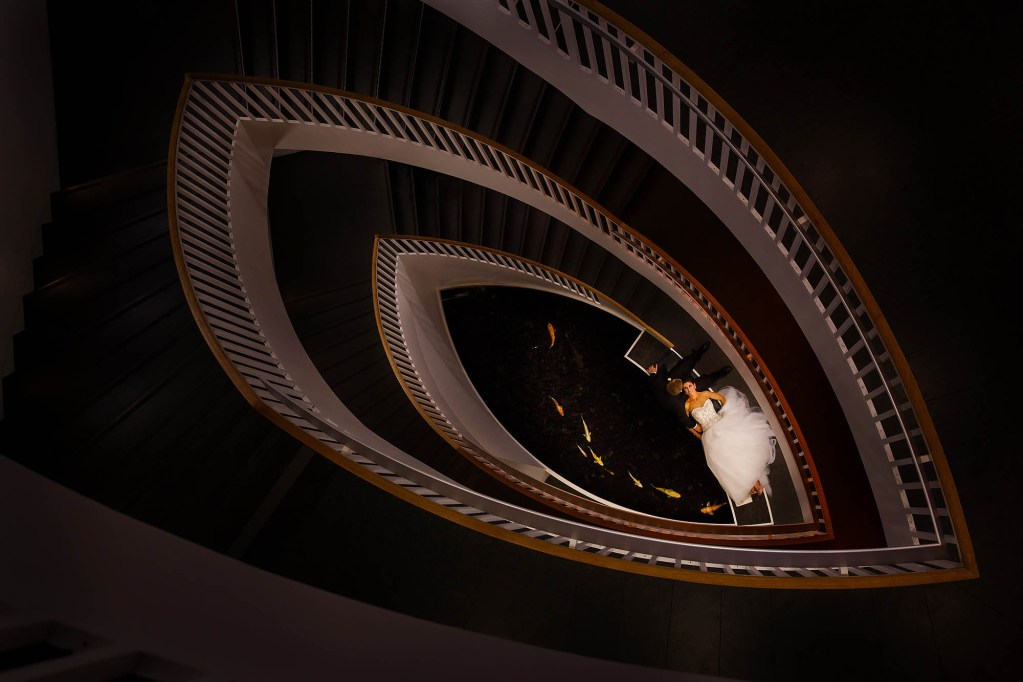 038-museum-contemporary-art-chicago-wedding-photographer-genevieve-nisly-photography