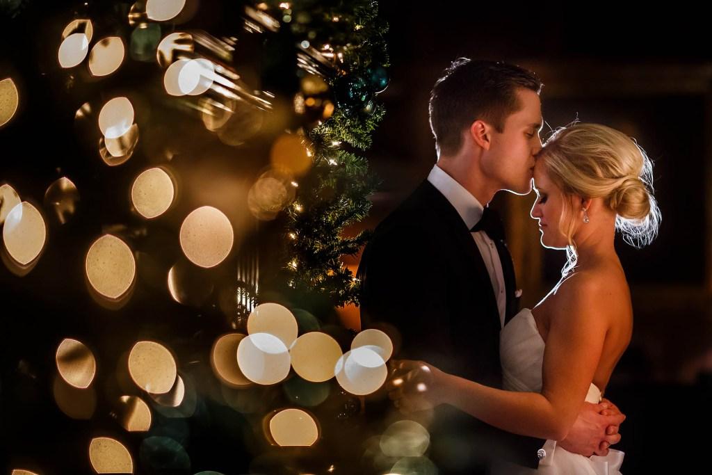 044-union-club-cleveland-wedding-photographer-genevieve-nisly-photography