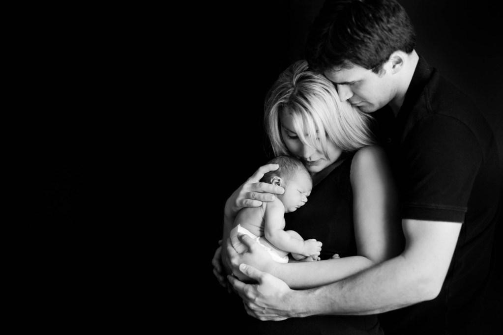 babies-007-cleveland-akron-portrait-photographer-genevieve-nisly-photography