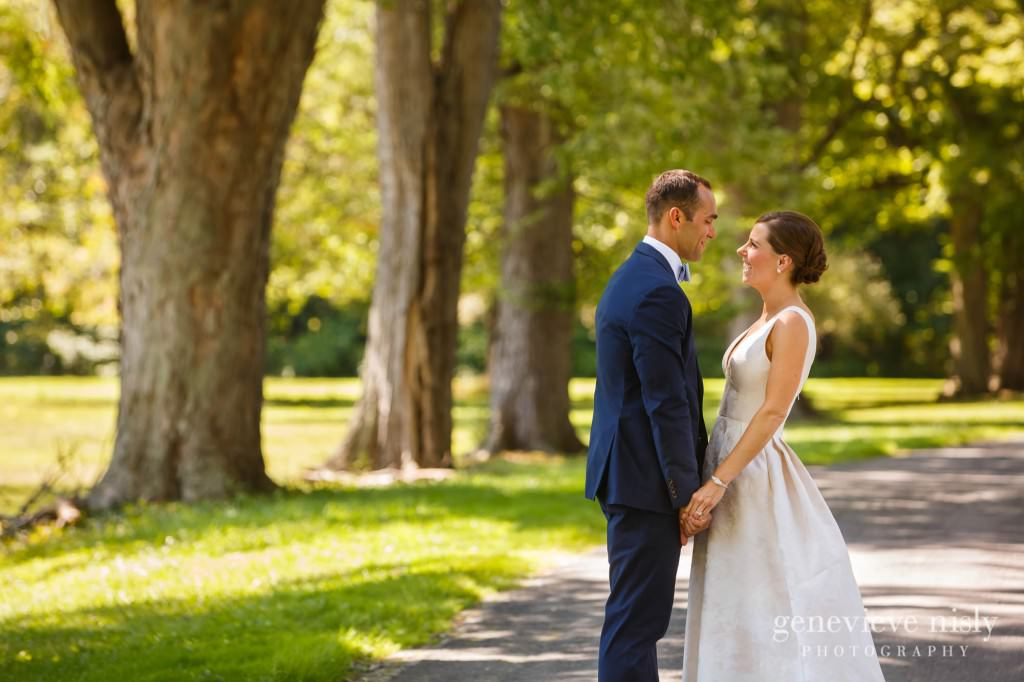 Margaret-Sam-012-chagrin-valley-hunt-club-gates-mills-wedding-photographer-genevieve-nisly-photography