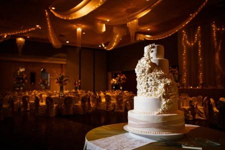Copyright Genevieve Nisly Photography, Ohio, Wedding
