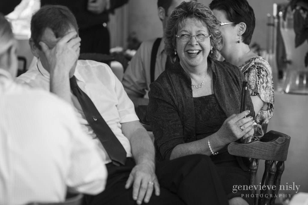 Wedding, Summer, Copyright Genevieve Nisly Photography