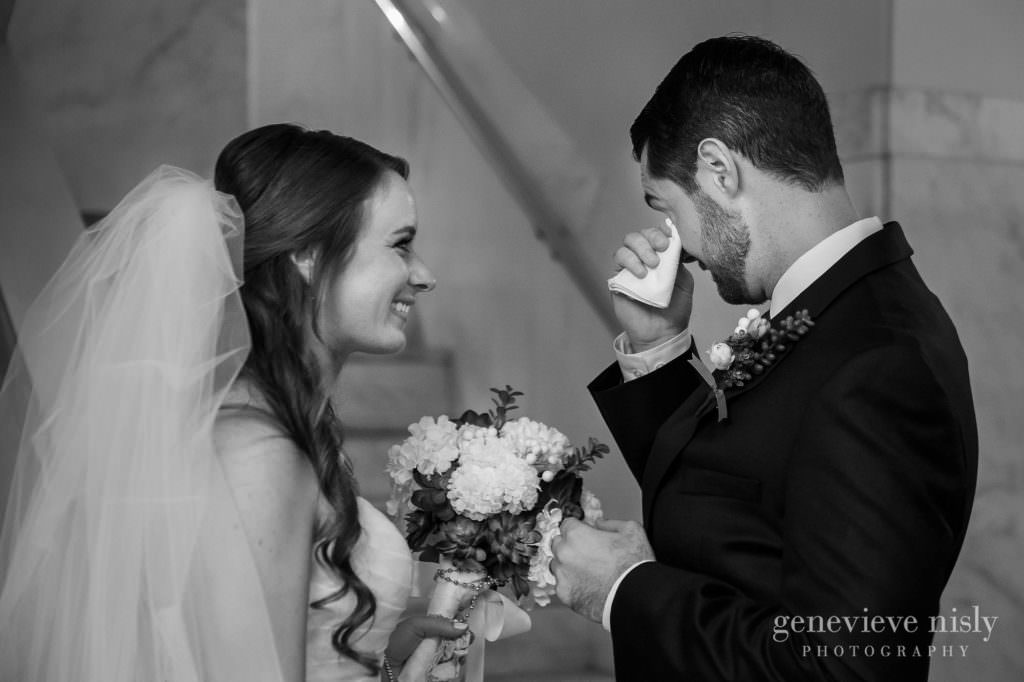 lauren-craig-018-st-ann-cleveland-wedding-photographer-genevieve-nisly-photography