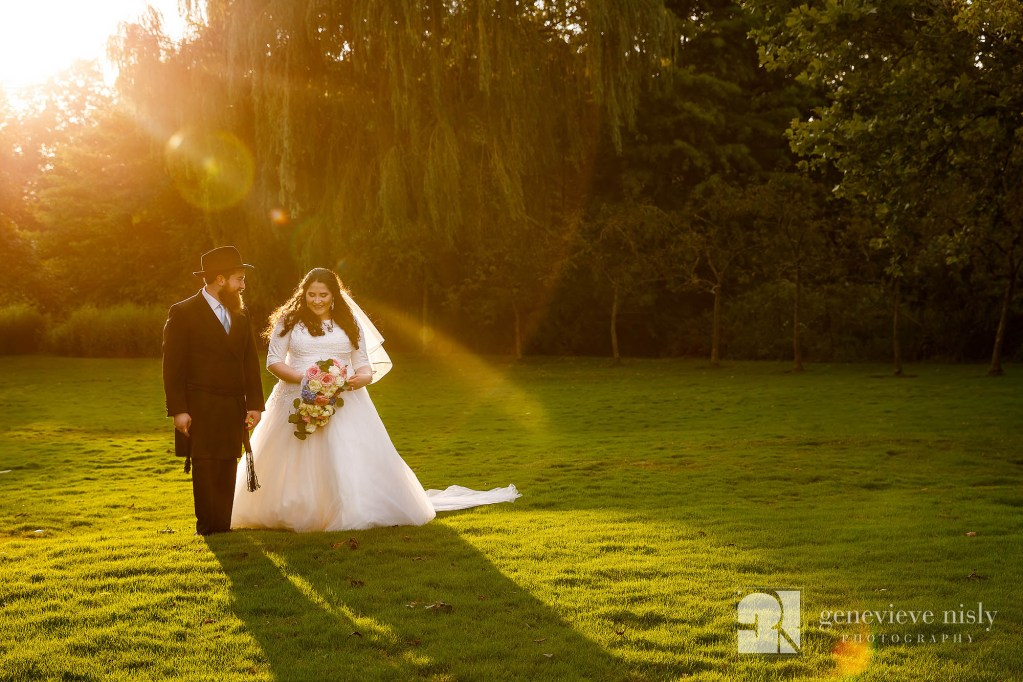 Wedding, Copyright Genevieve Nisly Photography, Cleveland, Ohio, Landerhaven