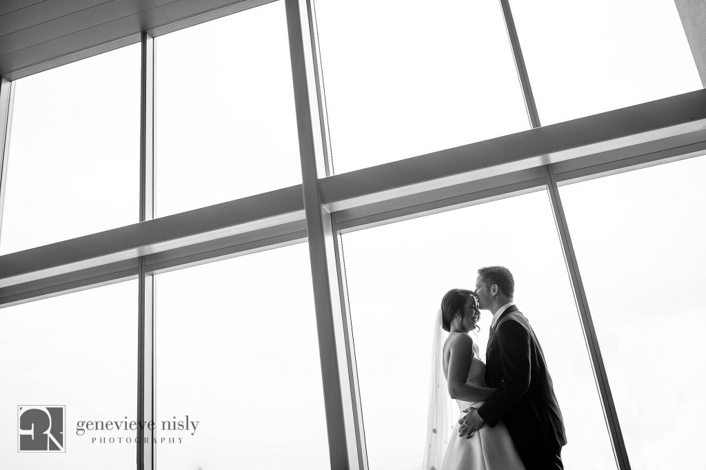Fall, Wedding, Copyright Genevieve Nisly Photography, Cleveland Museum of Art