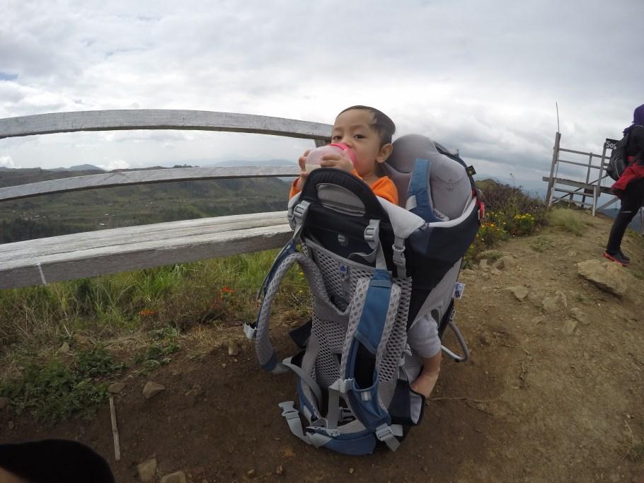 Tips Hiking Bersama Anak Kecil. Lelaki Ini Kongsikan Apa Keperluan Yang Perlu Ada 5