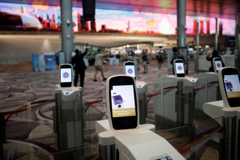 Pelancong Asing Kini Sudah Boleh Melalui Kaunter Automatik Jika Berlepas Dari Singapura 1