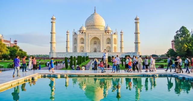 Lawat Taj Mahal Lebih 3 Jam Kena Denda 5