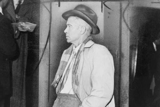 Profile of the Day: E.E. Cummings