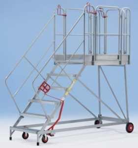 Plate-forme mobile XXL – marches grillagées – 4 marches, hauteur marche sup. 920 mm – escalier escaliers marchepied marchepieds plate-forme mobile plates-formes mobiles échelle échelle en acier échelles échelles en acier Escabeau Escabeaux Escalier