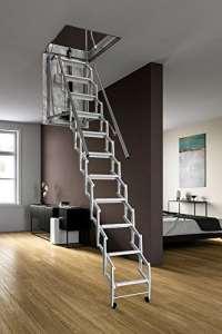Mister Step escalier escamotable Esclamatic motorisée thermo isolée 11 marches hauteur totale : 300 cm.