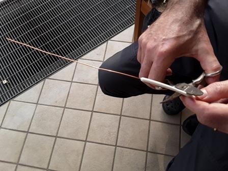 Come fare un anello con il filo di rame - idea regalo per la festa della mamma: idea riciclo