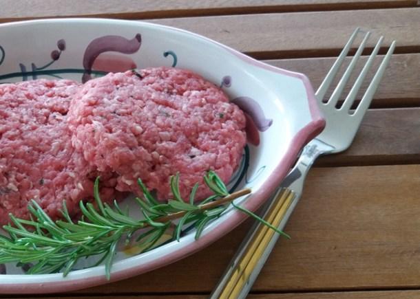 Come fare gli hamburger con la carne trita   Genitorialmente