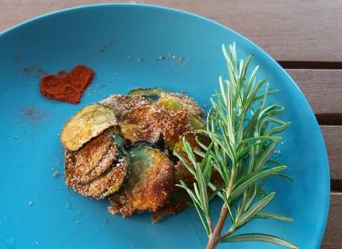 Come fare mangiare le zucchine ai bambini: chips al forno | Genitorialmente