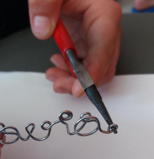Scritte Con Filo Di Ferro Bracciali E Segnalibro Regalo