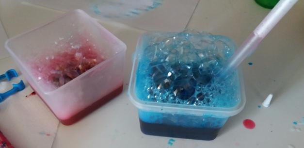 Dipingere con le bolle di sapone: Creare con i bambini | Genitorialmente
