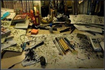 eiichiro-oda-working-table
