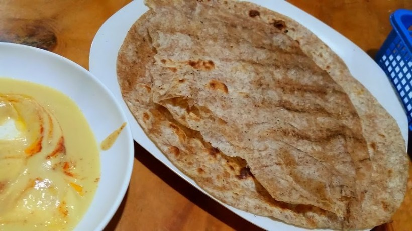 Mutabal and Hummus Dips for the Pita bread.