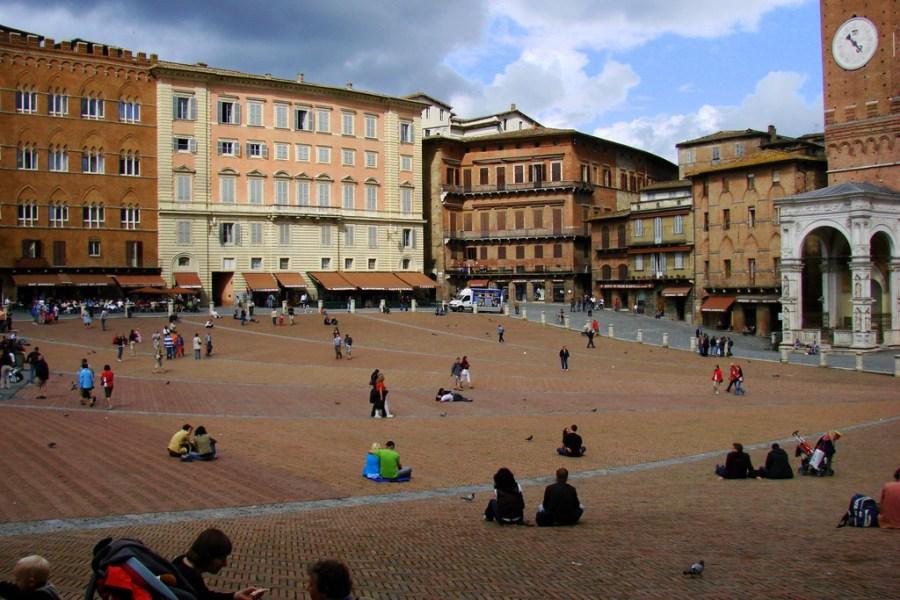 Piazza del Campo, Siena. Foto © Mathias Liebing.