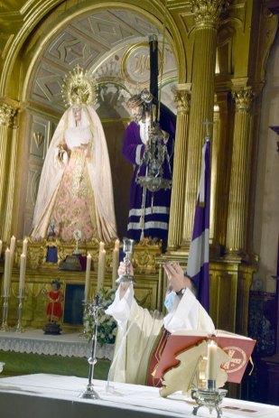 José María Campos Peña, nuevo director espiritual del Nazareno de Alcalá del Río (3)