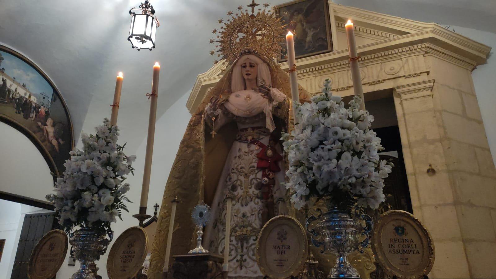 La Paz y Esperanza retoma el programa de actos de la coronación con un concierto y una misa presidida por la Virgen, en la plaza de Capuchinos
