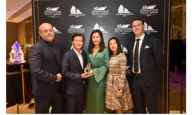 Il team Azimut Yachts Asia