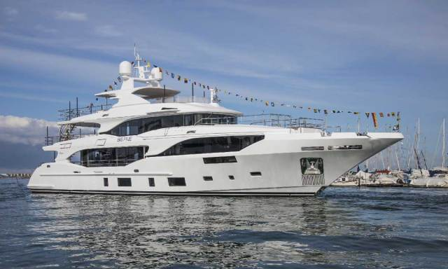 Benetti Yachts: Mediterraneo 116