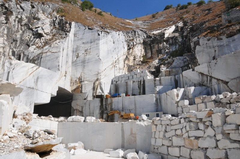 L'asta di Carrara