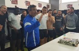 """Τα """"πρώτα"""" γενέθλια του Ίσις στο ΒΑΚ: """"Το καλύτερο δώρο θα είναι η νίκη την Δευτέρα"""""""
