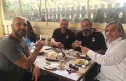 Τραπέζι για την ομάδα βόλεϊ του ΟΦΗ