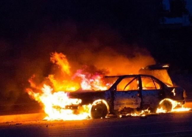 Ολοσχερώς καταστράφηκε ένα Ι.Χ. αυτοκίνητο από πυρκαγιά