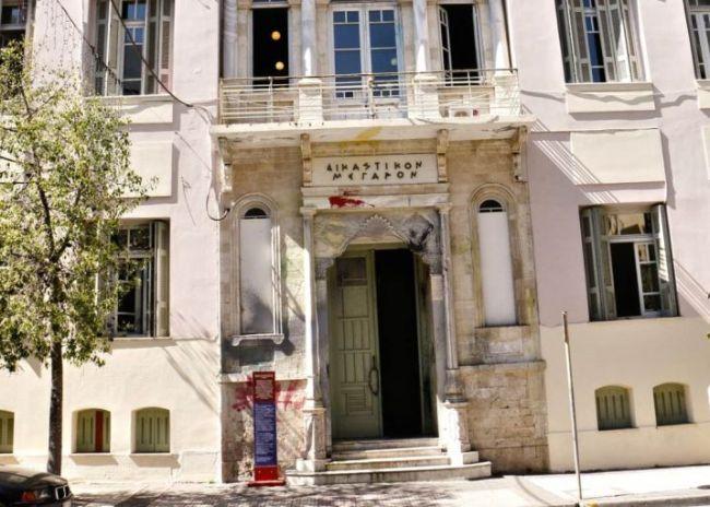 Ειδικό αναβατόριο για ΑμΕΑ στο Δικαστικό Μέγαρο Ηρακλείου