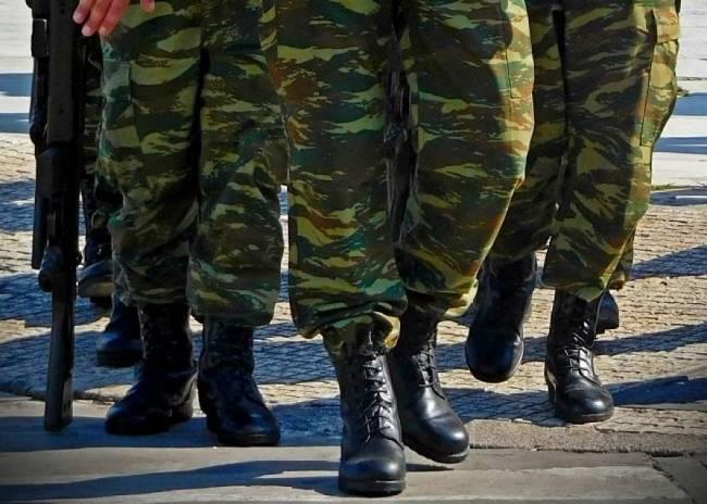 Κοροναϊός : Τέλος η άδεια ορκωμοσίας στους νεοσύλλεκτους
