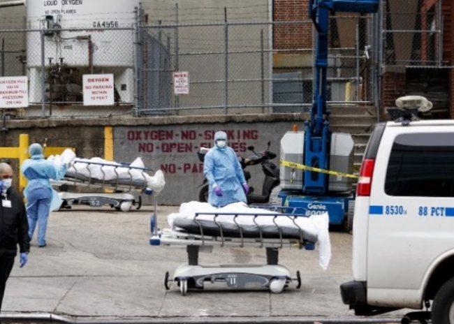 ΗΠΑ: Περισσότεροι από 2.000 νεκροί σε ένα 24ωρο