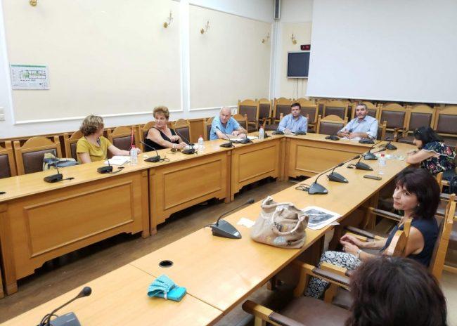 Σύσκεψη στη Περιφέρεια για την πορεία της δακοκτονίας