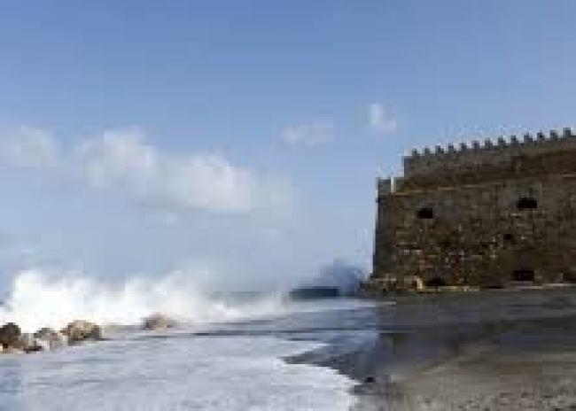 Προειδοποιεί για θυελλώδεις ανέμους το Κεντρικό Λιμεναρχείο Ηρακλείου