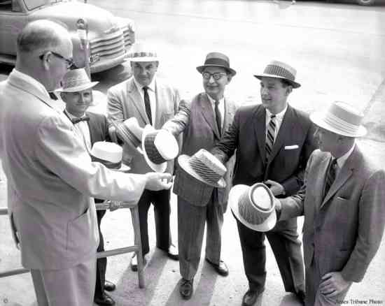 Straw Hats in 1958